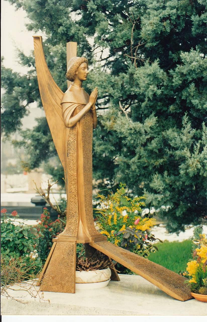 Orazio Bobbi - Angelo in preghiera - Bronzo al Cimitero Maggiore
