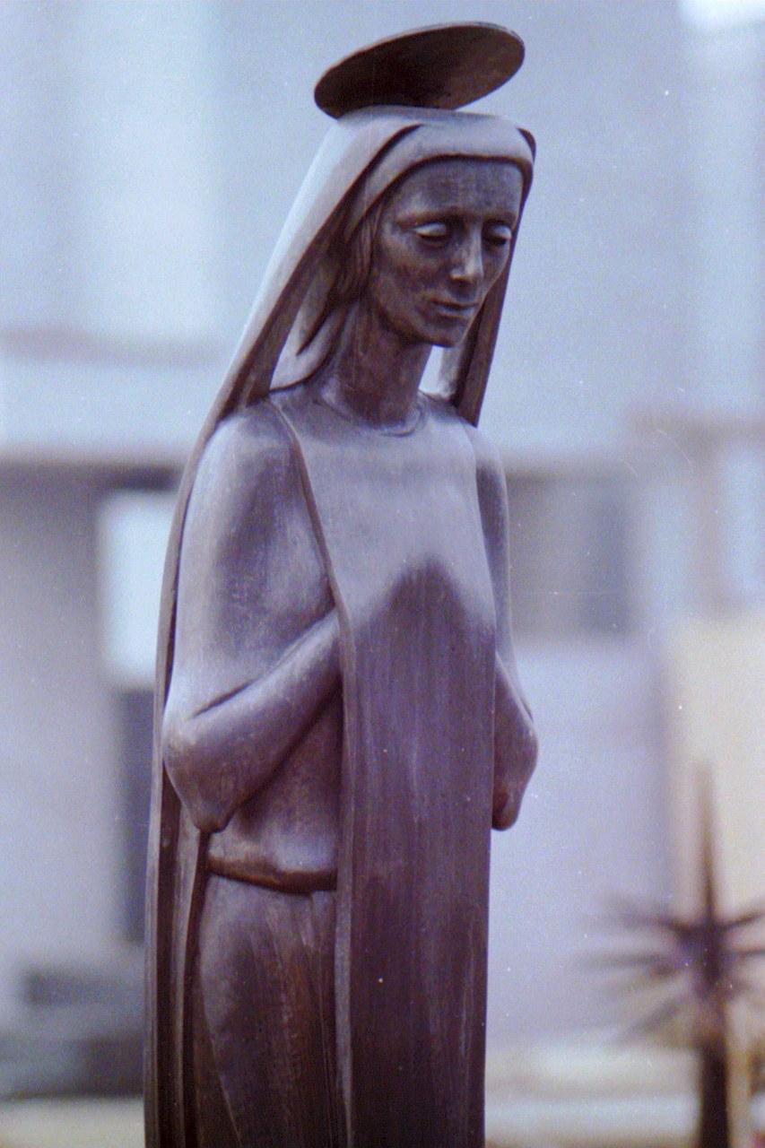 Orazio Bobbi - Madonna - Bronzo al Cimitero Monumentale di Milano