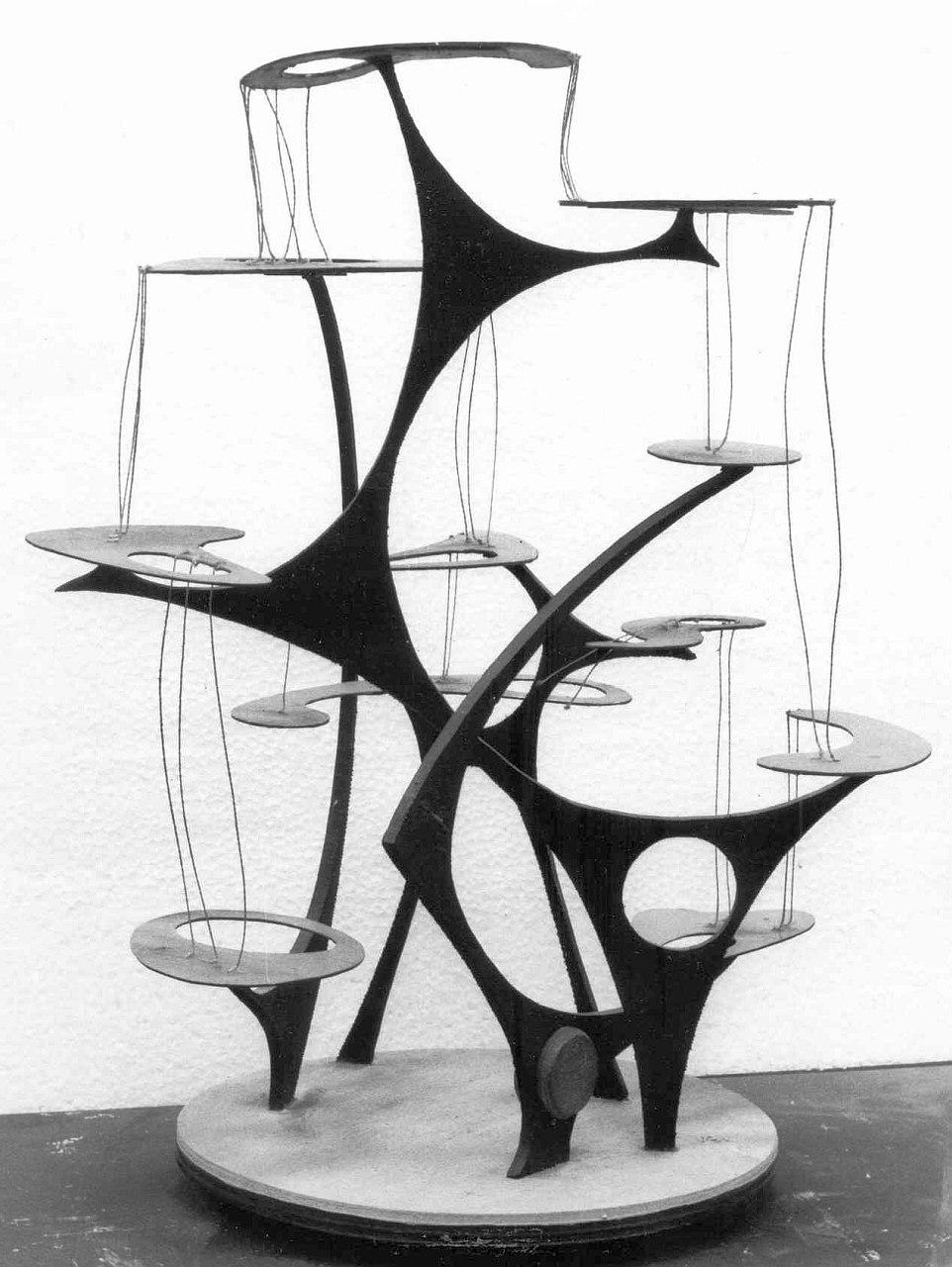 Orazio Bobbi - fontana - legno e ferro